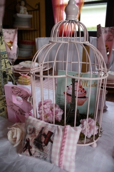 tableau decoration maison du monde. Black Bedroom Furniture Sets. Home Design Ideas