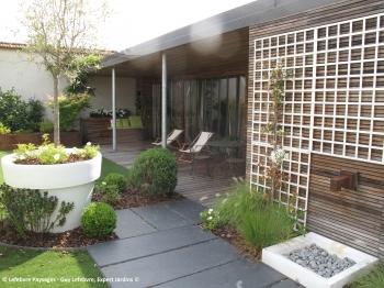 le garden staging ou comment mettre en valeur son jardin. Black Bedroom Furniture Sets. Home Design Ideas
