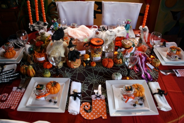 Table de f te une d co d 39 halloween d lirante for Decoration de table halloween