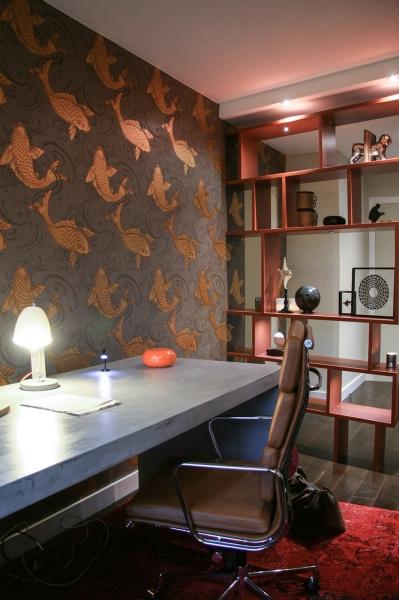 un bureau inspire des cabinets de curiosite With kitchen cabinets lowes with papier peint journal