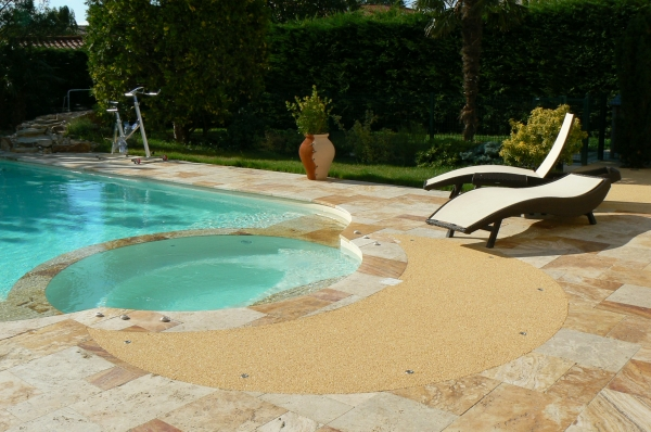 D co piscine naturelle construction grenoble 38 for Piscine hors sol naturelle