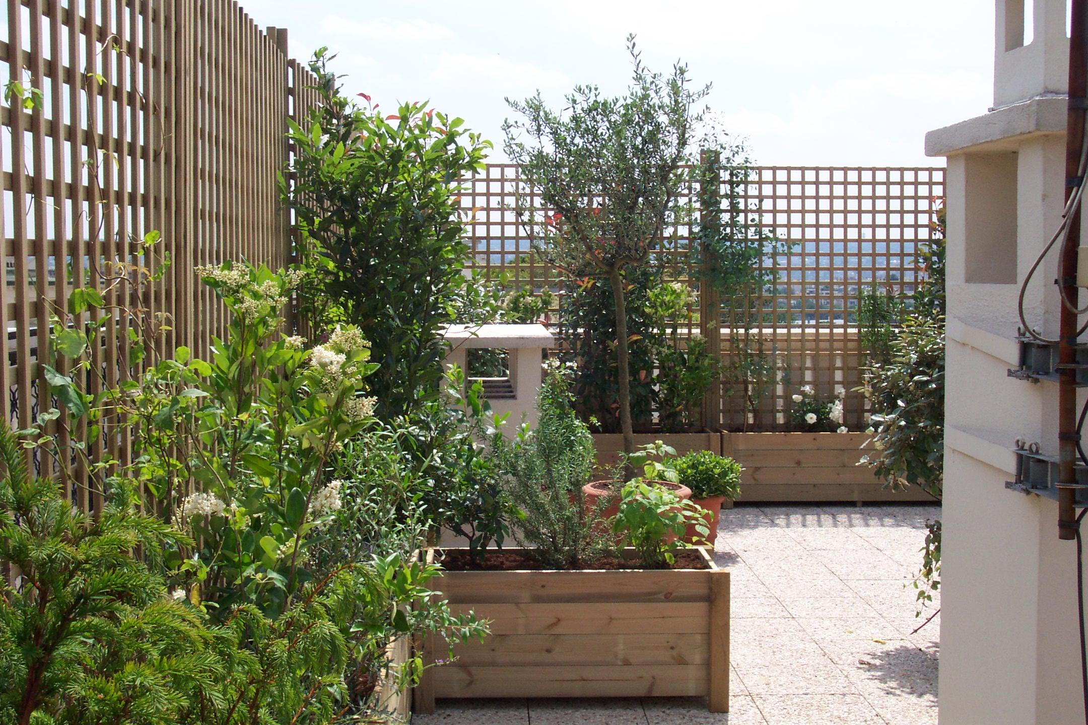 Se Cacher Des Voisins Dans Son Jardin une terrasse oui, mais sans vis-à-vis !
